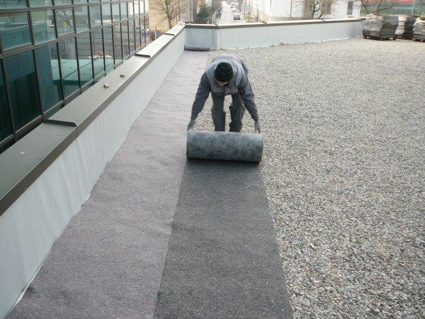 Polaganje filca XF za ravne strehe